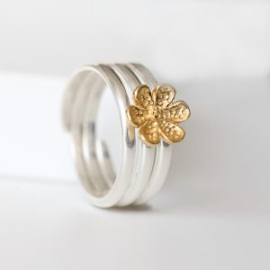 Silver Delicate Flower Ring