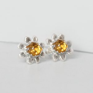 Daisy Earrings With Citrine