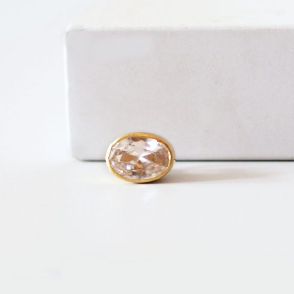 aura oval gold ring charm