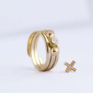 large gold ball pebble ring charm