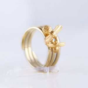 mummy and baby bee ring