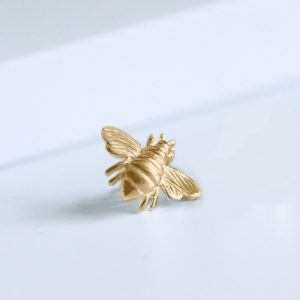 gold honey bee slider ring charm
