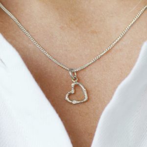 Twig open heart necklace